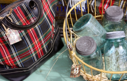 The vintage tartan bag made me swoon. Makes me want crispy fall weather. I might even haul out the breadmaker.